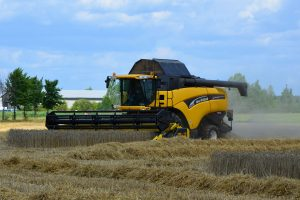 combine-harvester-1611203